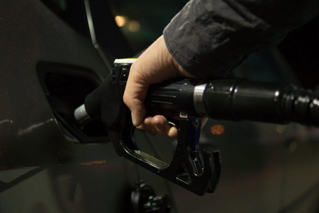 Tankpasfraude - wie betaalt de rekening?